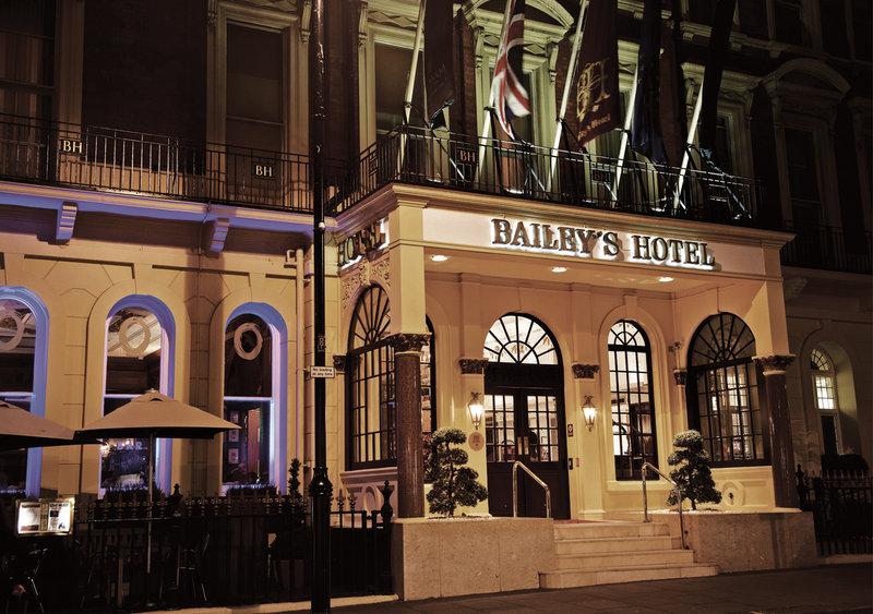 Dining Etiquette Classes at the Millennium Bailey's Hotel South Kensington